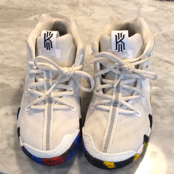 purchase cheap 50dc0 0a2b4 Boys KYrie 4 basketball Shoes, 2.5
